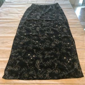 Forever 21 Floral Maxi Skirt Size Large
